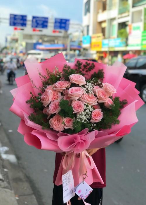 Bó hồng đáng yêu