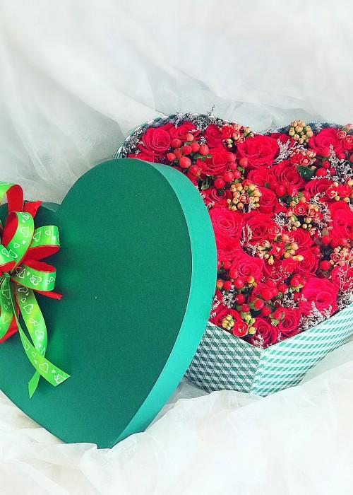 Hộp hoa Valentine