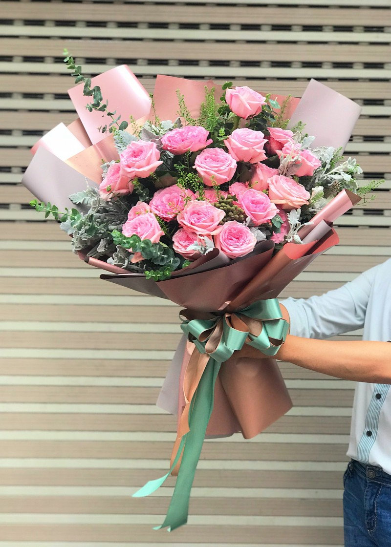 Bó hoa hồng dễ thương