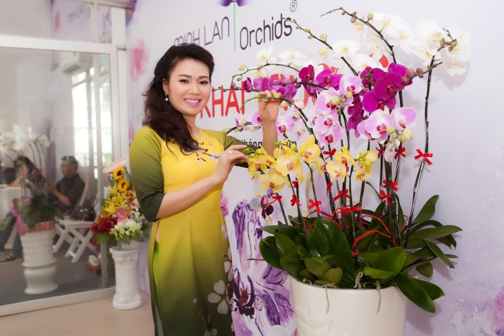 Doanh nhân Trương Thị Mỹ Hạnh - TGĐ Công ty CP Cách nhiệt  Thuyên Vân - Người đồng sáng lập Minh Lan Orchids - Gương mặt đại diện của MINH LAN Orchids